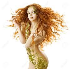 セクシーな女ファンタジー髪型官能的なファッションメイク入れ墨長い