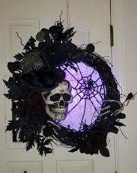 Skeleton Skull Spider Web Spooky Lighted Halloween Wreath In