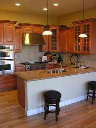 Small Picture Best 25 Medium kitchen ideas on Pinterest I shaped kitchen