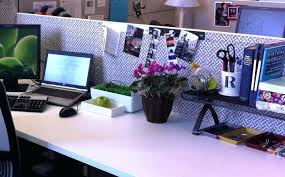 office cube decorating ideas. Decorate Office Cube Wonderful Cubicle Decor Ideas Interior Furniture Decorating L