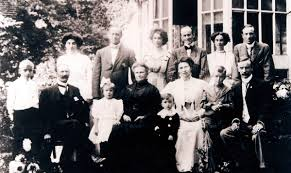 The Oliver Family - Robert & Mary Linton's family