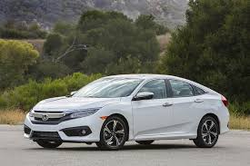 Honda Civic Hatchback Vs Civic Sedan What S The Difference