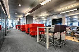 spacious insurance office design. Aon, A Leading Global Provider Of Risk Management, Insurance Brokerage And HR Solutions, Moved Into The Iconic Leadenhall Building (affectionately Known As Spacious Office Design