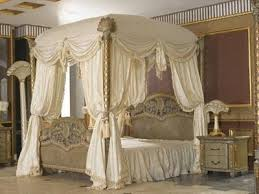 Elegant Vintage Bedroom With Leirvik Full Canopy Bed And Vintage Bed Sheet  Pattern Also