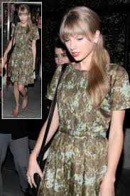 Small Picture Taylor Swifts Brown and blue watercolorfloral print dress What