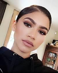 monochromatic makeup monochromatic fashion monochromes looks monochromatic beauty lipstick brown lipstick