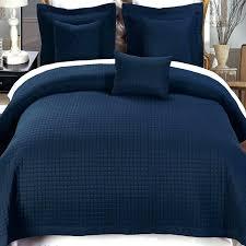 navy blue king quilt navy and white duvet cover set 4 piece navy twin coverlet set navy blue king quilt blue green bedding