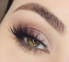 natural makeup a natural looking false lash look to recreate yourself or ask your wedding day makeup artist to recreate for you