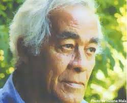 Le poète et écrivain haïtien Anthony Phelps (1928 -) vit au Québec depuis 1964. Sa conception de la poésie tend vers un langage poétique intelligible ... - anthony-phelps