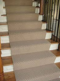 Carpet To Hardwood Stairs Keep Plastic Carpet Runners For Stairs Interior Home Design