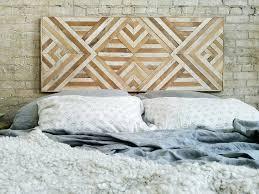 reclaimed lath wall. reclaimed wood wall décor lath 0