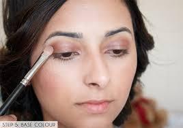 festival makeup tutorial glowing skin and pink smokey eye