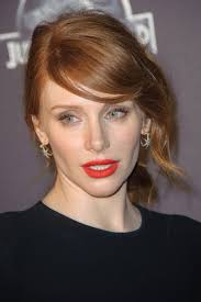 bryce dallas howard at the 2016 paris premiere of juric world beauor ca 2016 03 09 best makeup for redheads