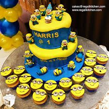 Minions Cake 2d Minions Face Cupcakes Cakes By The Regali Kitchen