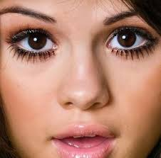 a pair of bold beautiful eyes is what every women desires for if you want your eyes to look bigger then here are the tips to make small eyes look bigger