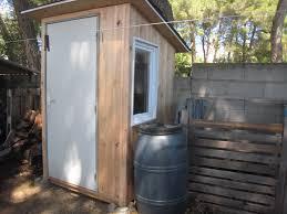 Toilette Seche Exterieur Pour Des Toilettes Sèches Au Fond Du Jardin    Créations Et Bricolages D