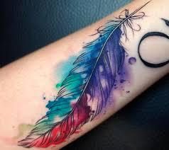 Tatuaggio Piuma Significato E Disegni Più Belli Foto Pourfemme