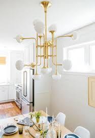 Casa Padrino Luxus Led Kronleuchter Antik Messingfarben Weiß ø 927 X H 838 Cm Kronleuchter Mit Kugelförmigen Glas Lampenschirmen Luxus