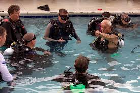 to pare in the first of its leadership rescue work series taking place at neal watson s bimini scuba center march 16 18 2018 naui