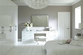 Antique White Furniture Bedroom Vintage Bedroom Furniture Oak ...