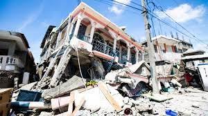 Mindestens 304 Tote nach Erdbeben in ...