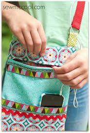 How to sew a crossbody purse with a zipper - Sew McCool & Sew a zipper crossbody purse by sewmccool.com 2 Adamdwight.com