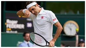 Tennis: Federer crashes out of ...