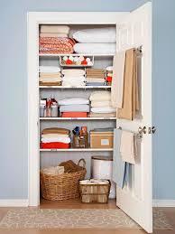 keeping linens organized
