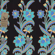 Ini adalah gambar batik dengan motiv bunga mungkin anda membutuhkan referensi untuk membuat batik. Kain Batik Motif Batik Bunga Kombinasi Warna Hitam Manis Tosca Cream Biru Muda Ukuran 2 Meter Lebih Lazada Indonesia