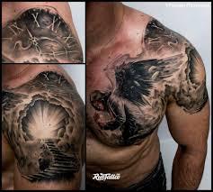 фото татуировки ангел в стиле реализм татуировки на груди