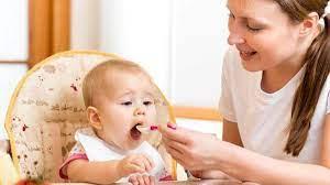 1 tuần cho bé ăn mấy hộp sữa chua là hợp lý nhất?