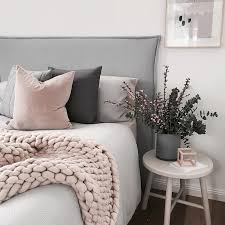 fall bedroom decor. fall\u0027s coziest trend takes less than four hours to make fall bedroom decor
