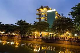 Vista Dallu0027altro Lato Del Canale  Picture Of Lamphu Tree House Lamphu Treehouse Bangkok