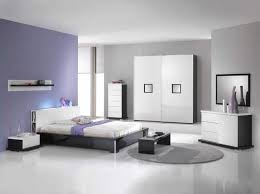 Furniture: Black And White Modern Bedroom Furniture With Glossy ...