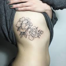 цветы татуировка под грудью татуировки татуировки идеи для