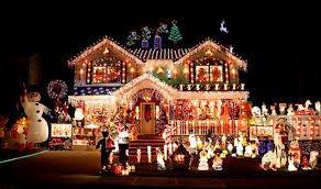 Best Christmas Lights Vote Vergne