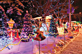 Zoo Lights Colorado Zoo Lights Up Night For Holidays Fort Carson Mountaineer