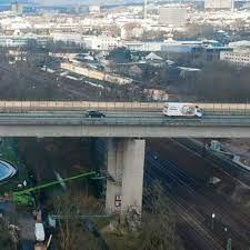 Bei bauarbeiten an der salzbachtalbrücke waren dermaßen schwere fehler gemacht worden, dass die zahl der. A66 Neubau Der Salzbachtalbrucke Verzogert Sich Erneut Hessenschau De Wirtschaft