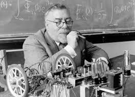 Norbert Wiener - Arshake