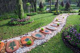 40 Garden Path Ideas And Designs PICTURES Extraordinary Paver Designs For Backyard Painting