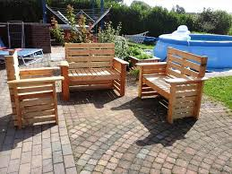 diy wooden deck furniture. upcycled pallet patio furniture set diy wooden deck