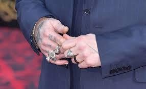 Tydencz Johnny Depp Se Zbavuje Vzpomínek Na Amber Na řadu Přišlo