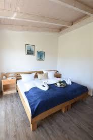 Tapeten Schlafzimmer Graues Bett Lavendel Schlafzimmer
