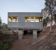 Steep Hillside Home Designs 15 Hillside Homes That Know How To Embrace The Landscape