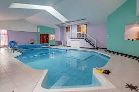 piscine intérieure creusée rez de chaussée