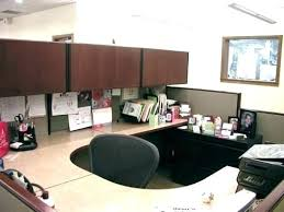 Work office decorating ideas pictures Corporate Office Decoration Office Decor Ideas For Work Amusing Decorating With Additional Home Christmas Fuelcalculatorinfo Decoration Office Decorating Ideas For Work
