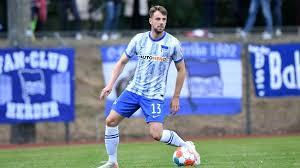 Herrenmannschaft zweimal deutscher meister wurde. Hertha Bsc Abwehrspieler Lukas Klunter Malt Fur Flutopfer