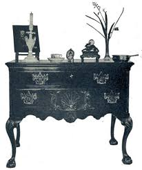 walnut dressing table about 1770