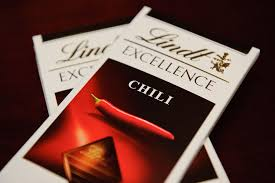 lindt chili chocolaterich and mildpepperscale