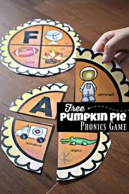 These free phonics worksheets explore the different ways that letters may sound. Free Pumpkin Pie Printable Phonics Games For Kindergarten